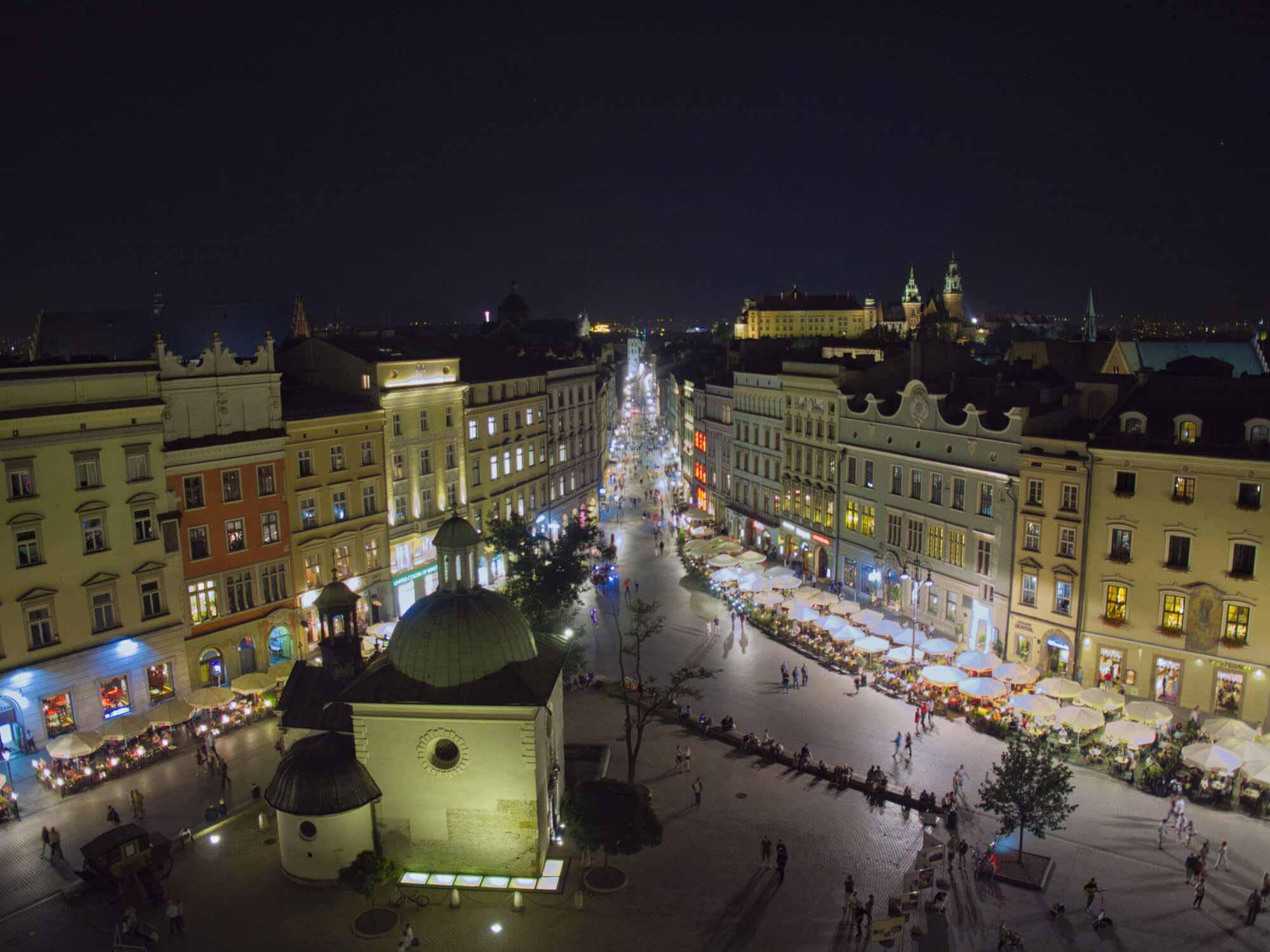 Wirtualny spacer Rynek Główny z lotu ptaka